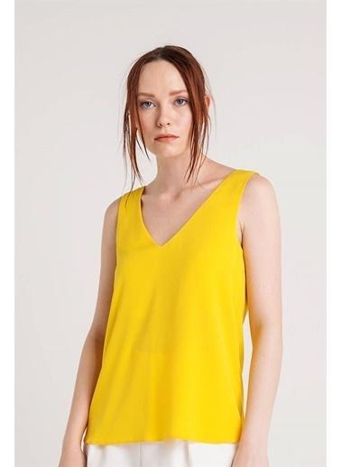 Rue Kolsuz V Yaka Bluz Sarı